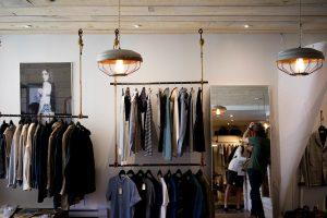 Servicio de construcción, reforma y decoración de tiendas de ropa