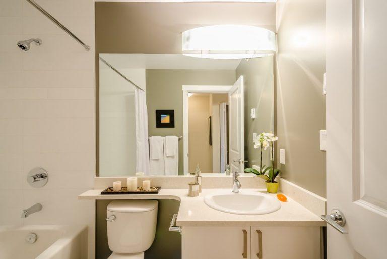 Reformas y servicios para el hogar Reformar un baño pequeño - 8 Ideas efectivas